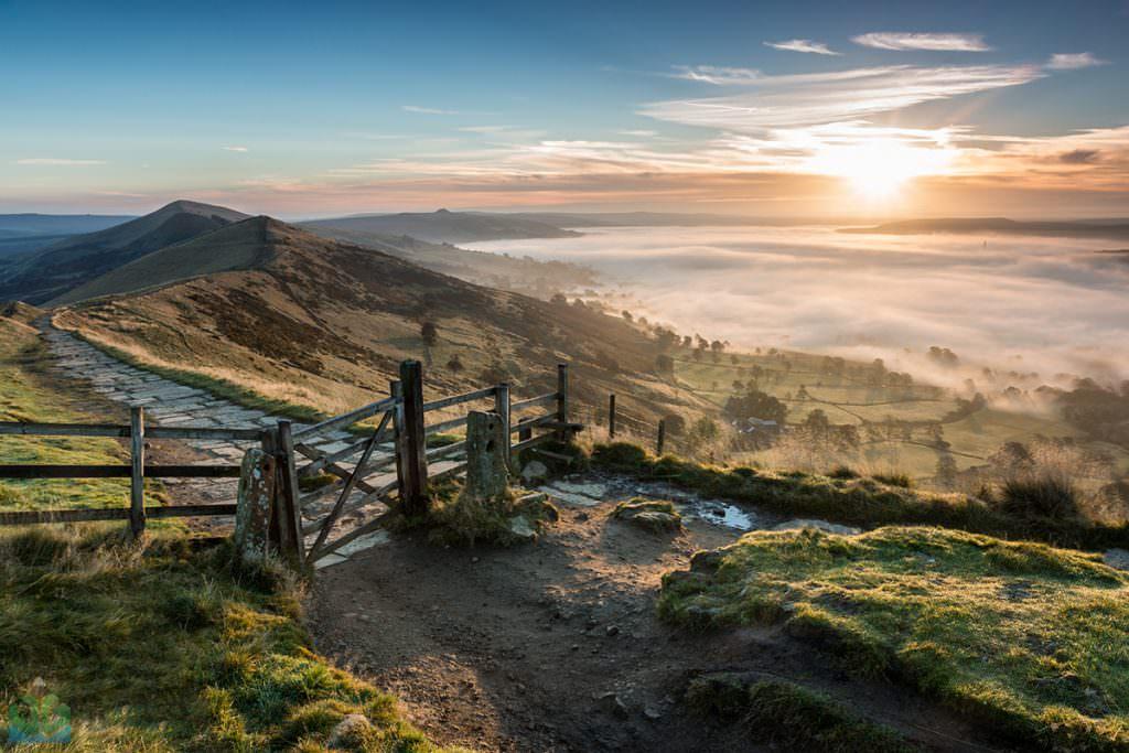 Mam Tor Sunrise - Autumn in the Peak District