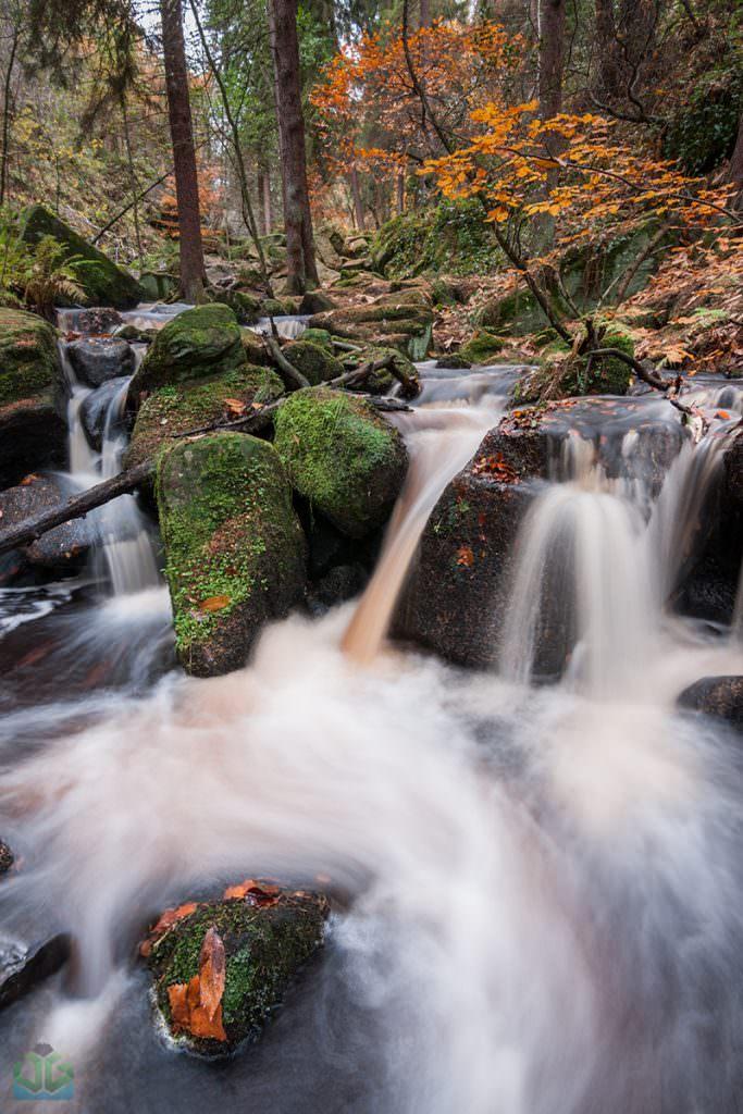 Wyming Brook - Autumn in the Peak District
