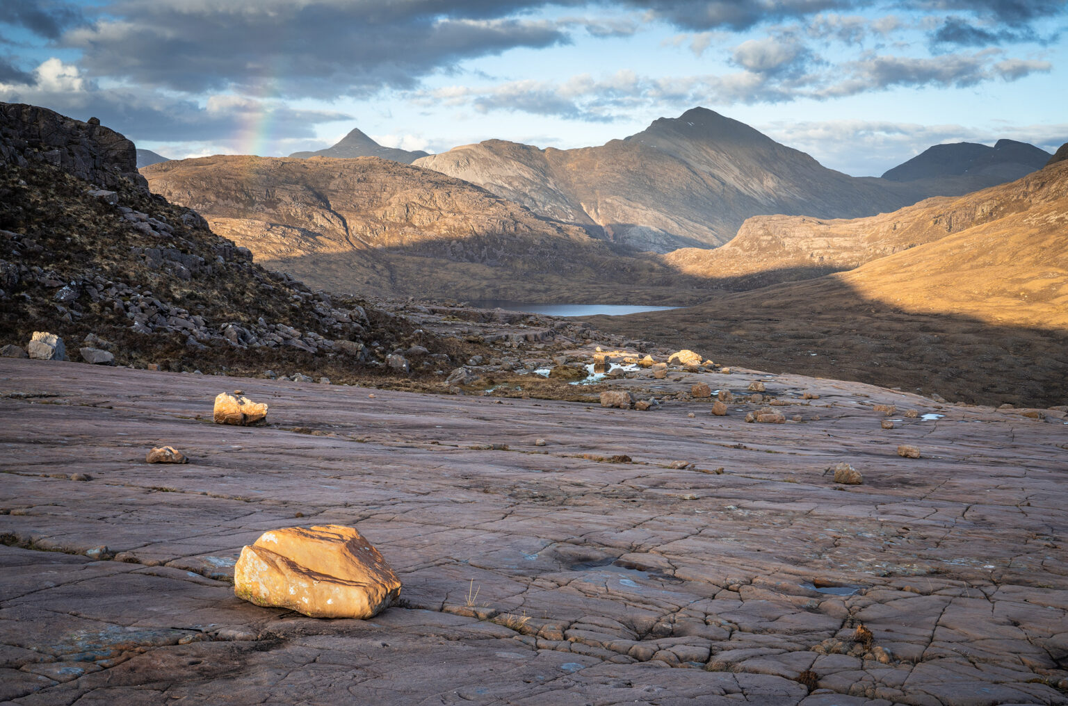 Beinn Na h-Eaglaise to Loch an Eoin and the Southern Torridon Group - Scotland Landscape Photography