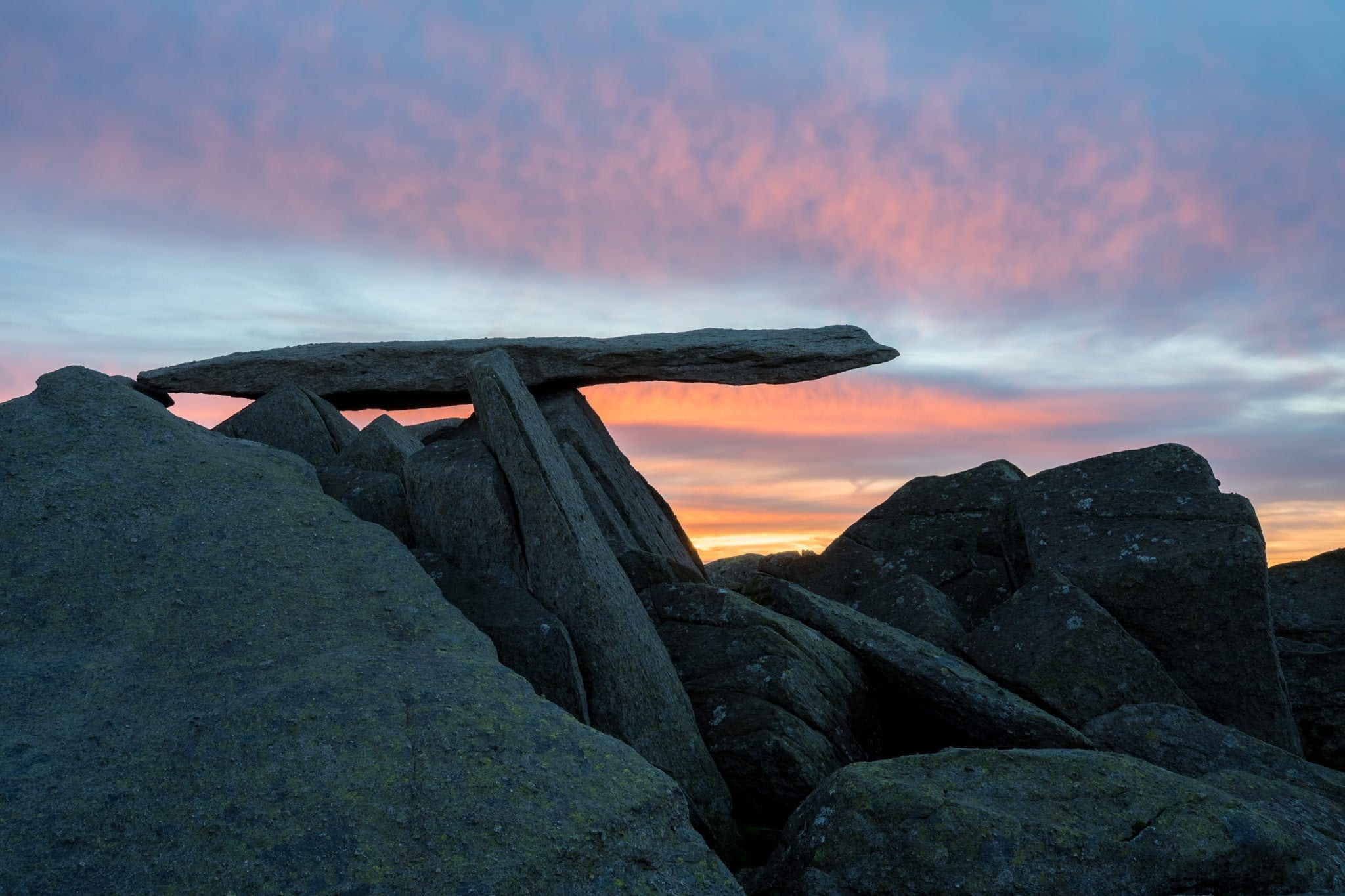 Cantilever Stone Sunrise - Snowdonia Photography