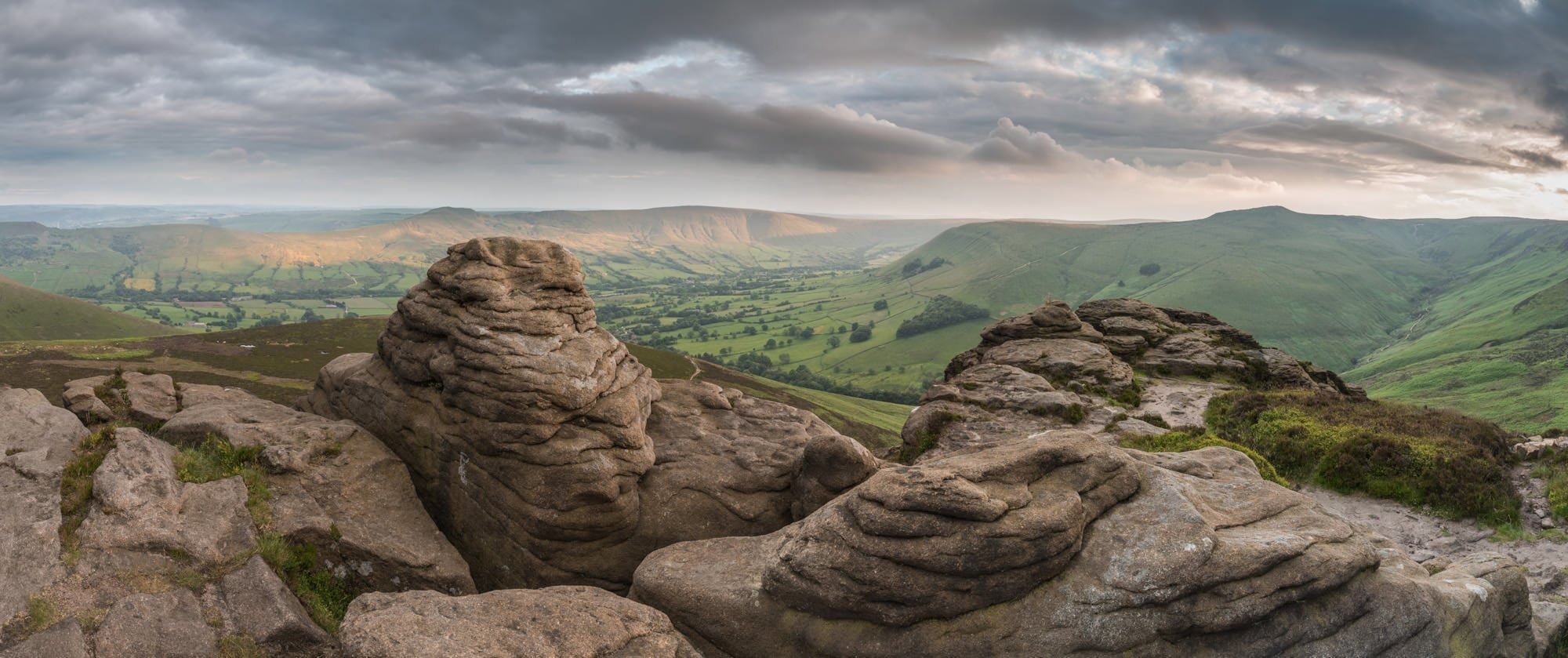 Ringing Roger to Edale Sunset - Peak District Photography
