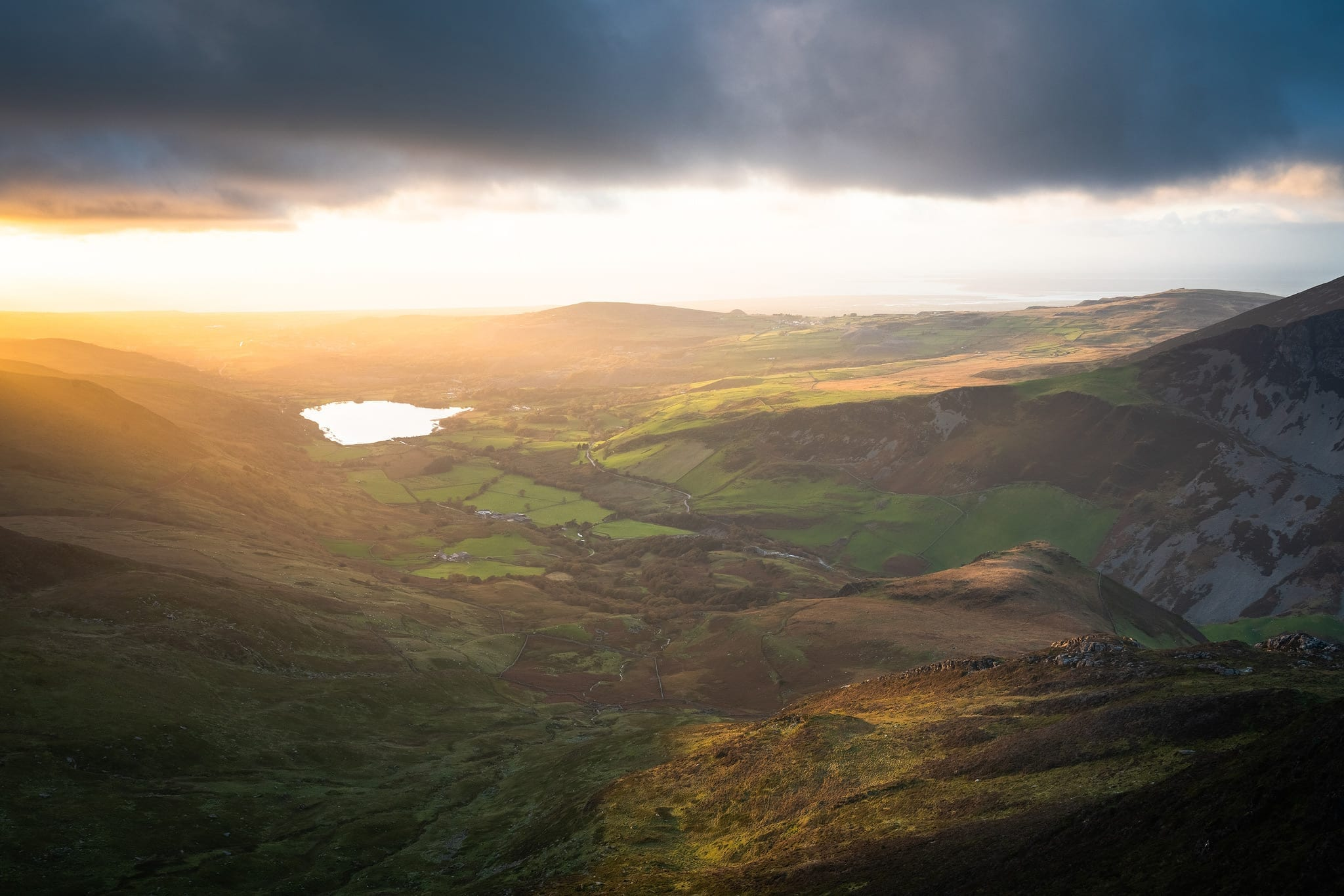 Y Garn Sunset - Snowdonia Wild Camping Photography Workshop
