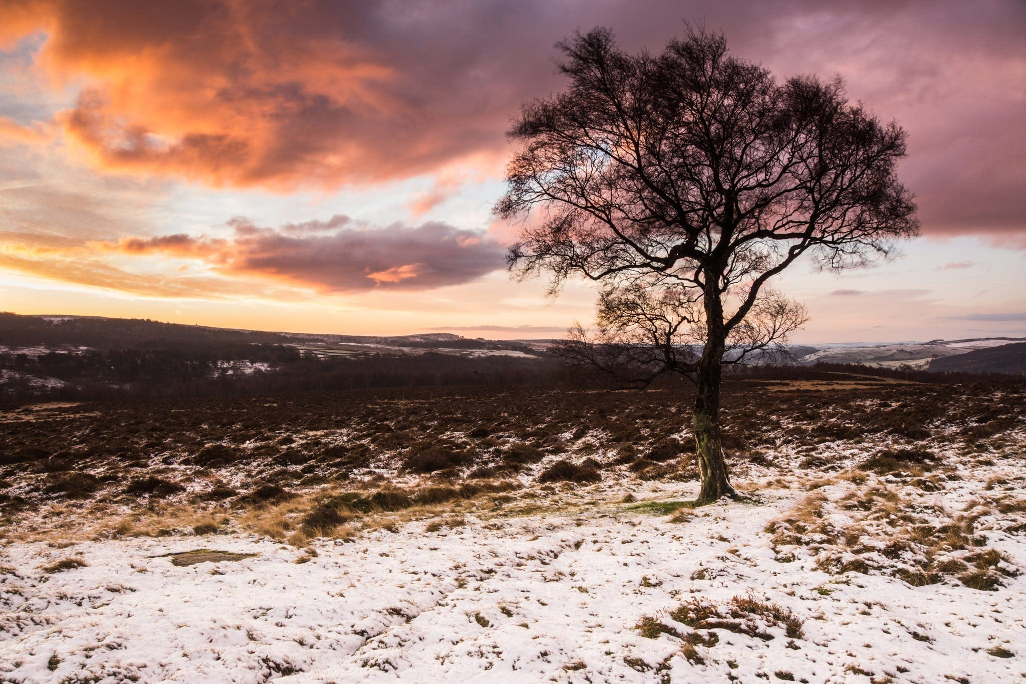 Lawrence Field Sunrise - Photographing the Peak District in Winter Photography Workshop