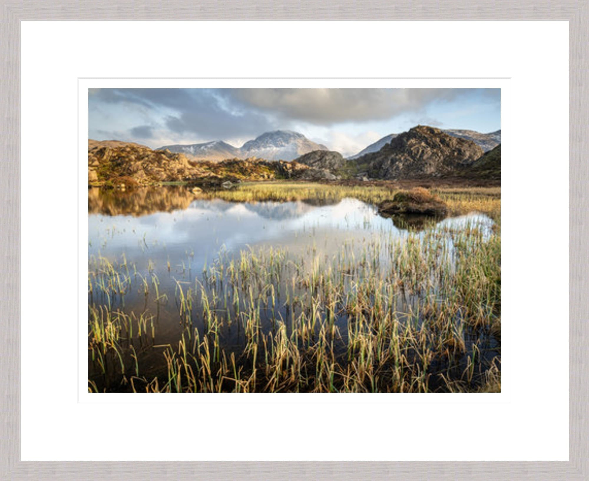20mm Grey Lake District Framed Print