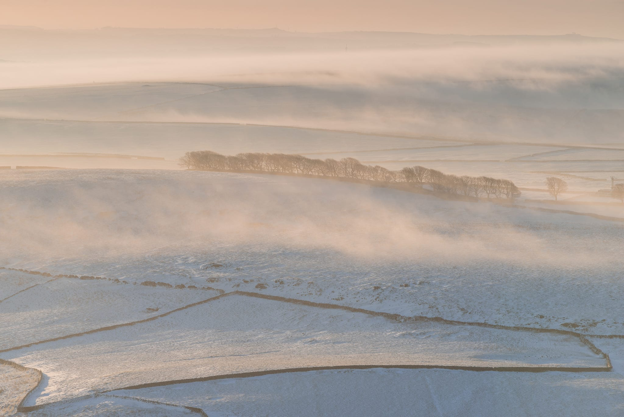 Mam Tor Abstract Shot - Fog flowing over snowy fields - Mam Tor Photography Location Guide