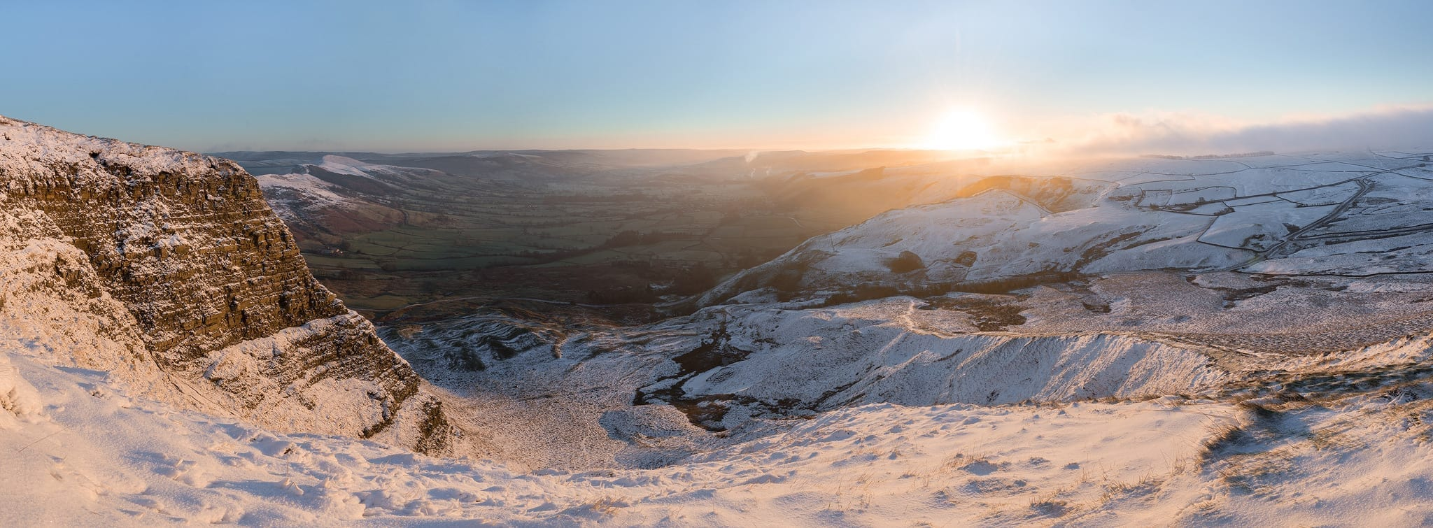 Mam Tor Winter Panoramic from the landslip - Mam Tor Photography Location Guide
