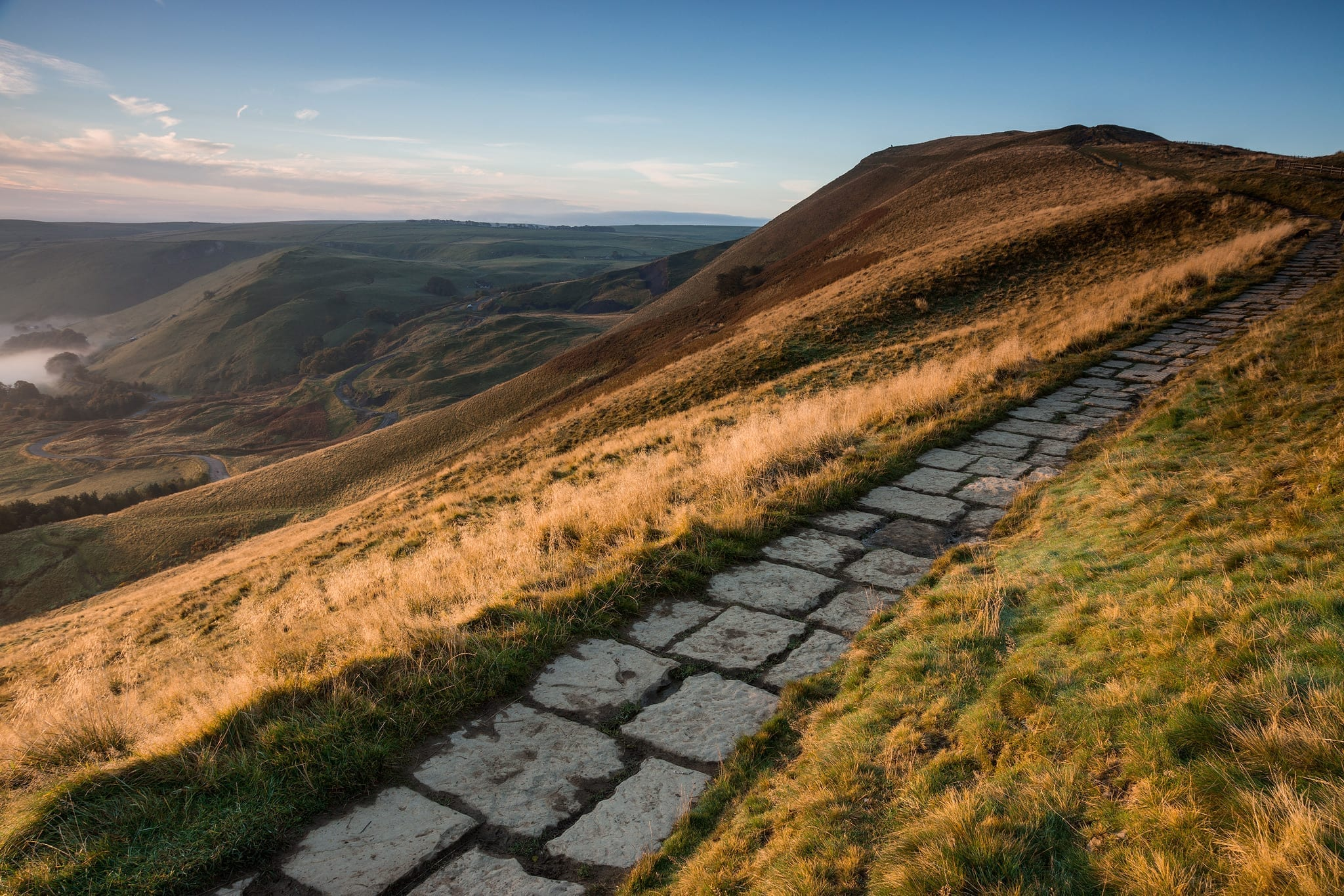 The Mam Tor Gate Alternative View - Looking Back Towards Mam Tor - Mam Tor Photography Location Guide