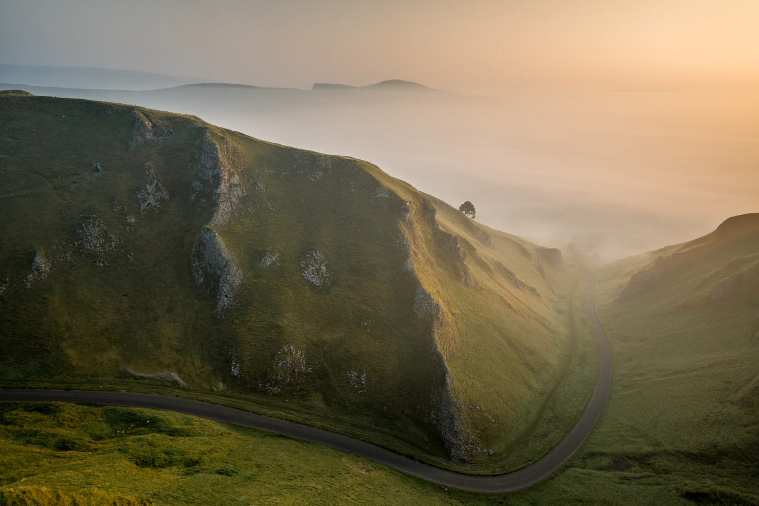 Winnats Pass Sunrise - Peak District Photography