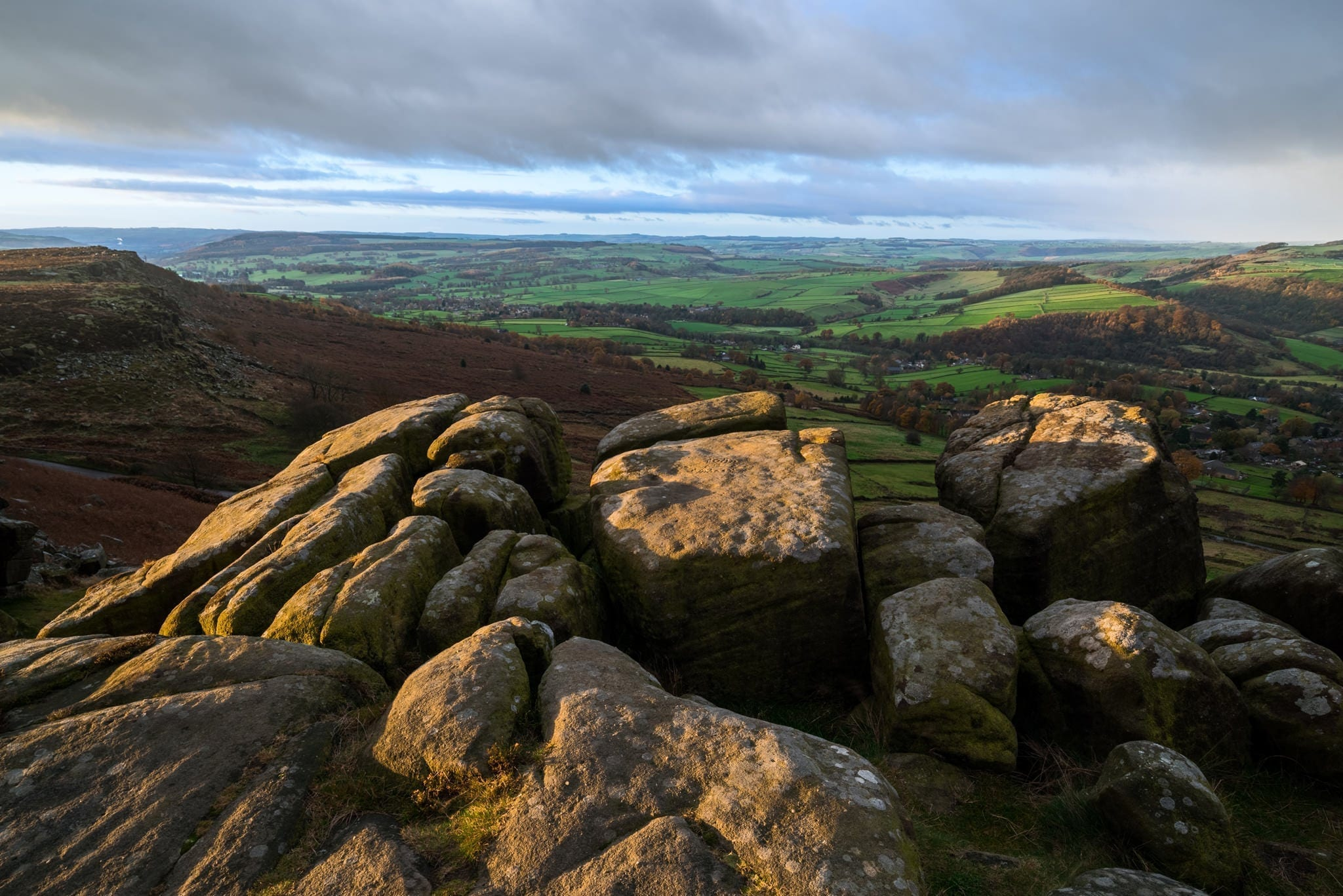 Curbar Edge Sunrise - Peak District Photography Winter Workshop