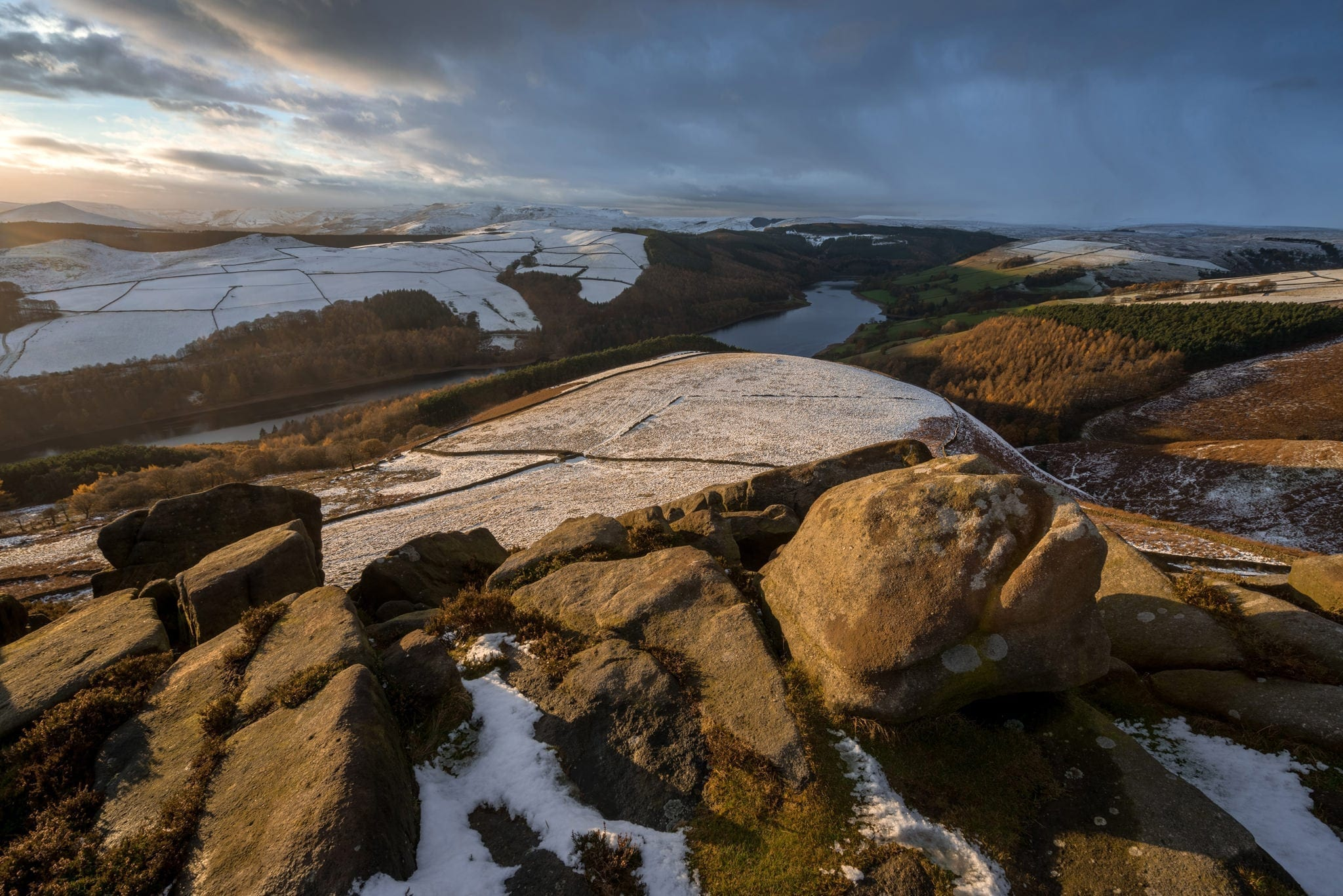 Whinstone Lee Tor Sunset - Peak District Winter Photography Workshop